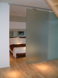 How to create privacy with glass?